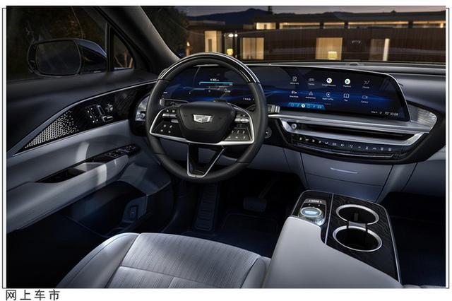 凯迪拉克全新SUV开启预定!外观科幻,配33英寸大屏,19分钟售罄(图4)